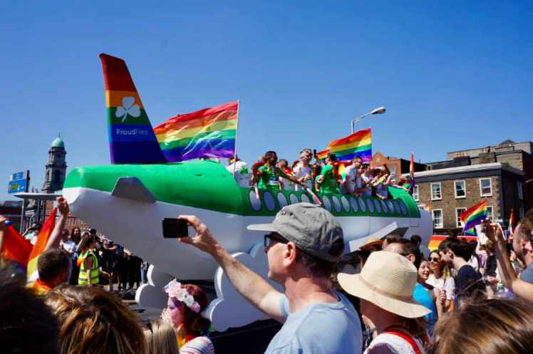Aer Lingus float was in the shape of a plane.